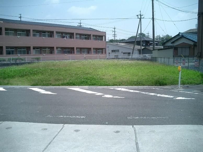 三重県亀山市東御幸町:雑種地