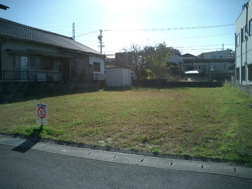 三重県亀山市阿野田町:宅地